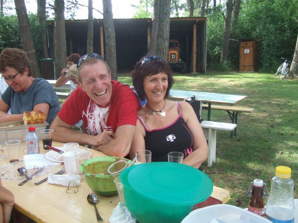 pique-nique-villiers-5-juin-2011-048-copier (Copier)