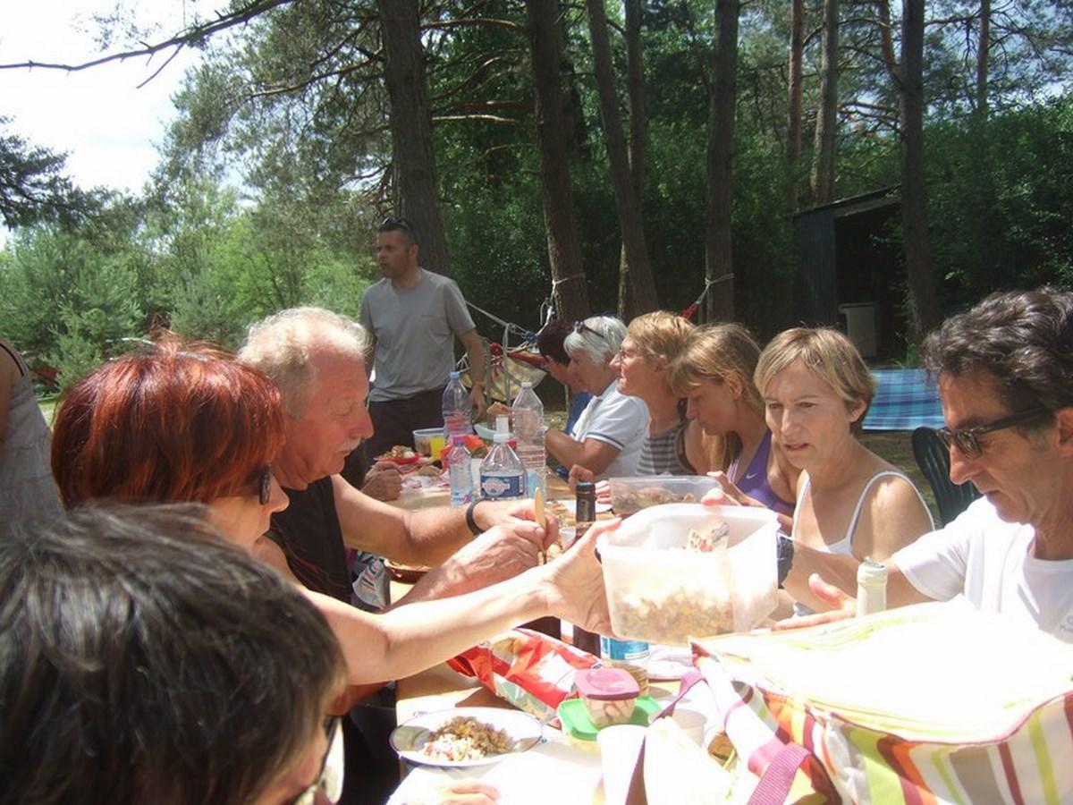 pique-nique-villiers-5-juin-2011-043-copier (Copier)